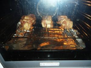 Шашлык из курицы в беконе