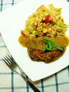 Рис со свининой в панировке